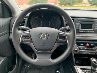 2018 Hyundai Elantra SE Maple Grove, Minnesota 34