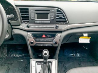 2018 Hyundai Elantra SE Maple Grove, Minnesota 33