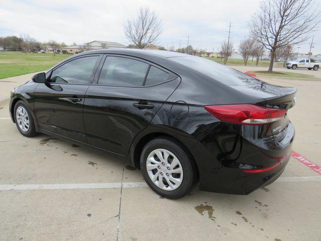 2018 Hyundai Elantra SE in McKinney, Texas 75070