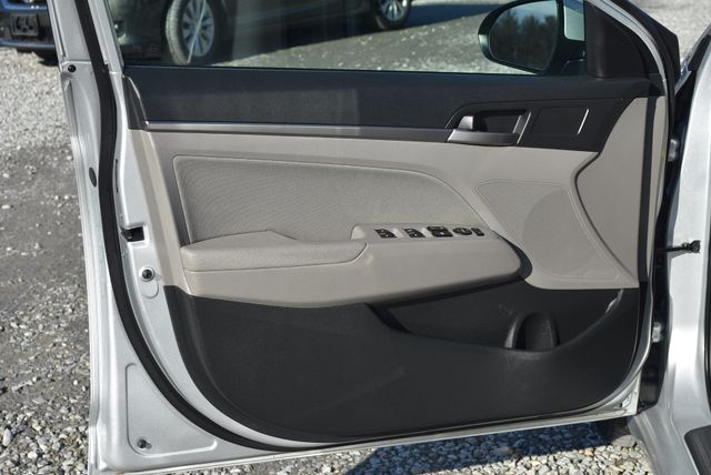 2018 Hyundai Elantra SEL Naugatuck, Connecticut 15