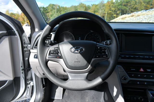 2018 Hyundai Elantra SEL Naugatuck, Connecticut 19
