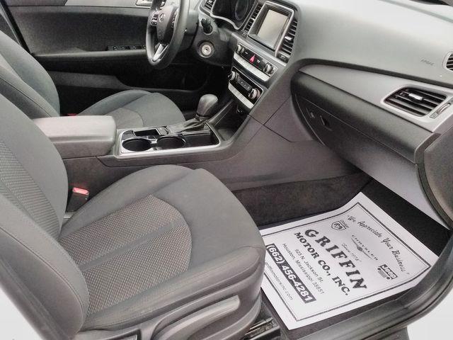2018 Hyundai Sonata SE Houston, Mississippi 8