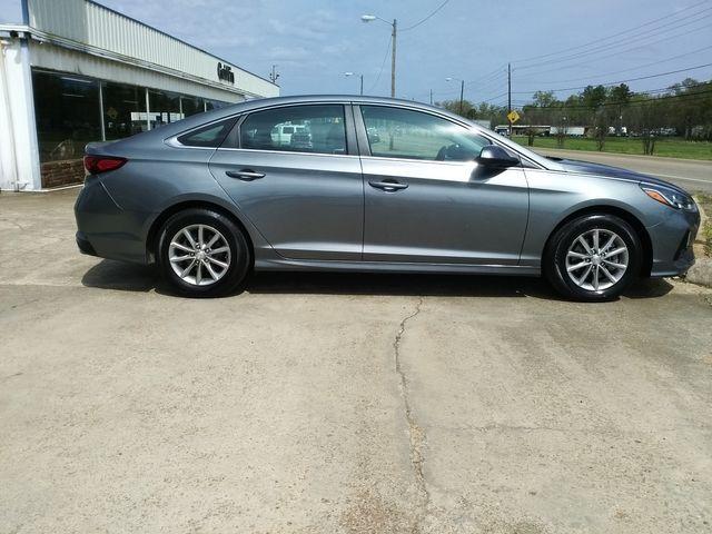 2018 Hyundai Sonata SE Houston, Mississippi 3