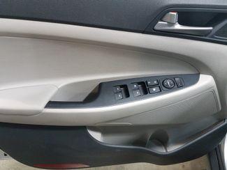 2018 Hyundai Tucson SEL  Dickinson ND  AutoRama Auto Sales  in Dickinson, ND