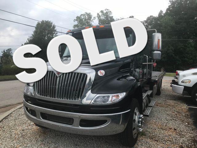 2018 International 4300 crew rollback wrecker Ramp truck Dallas, Georgia