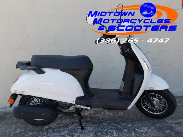 2018 Italica Grace Scooter 50cc in Daytona Beach , FL 32117