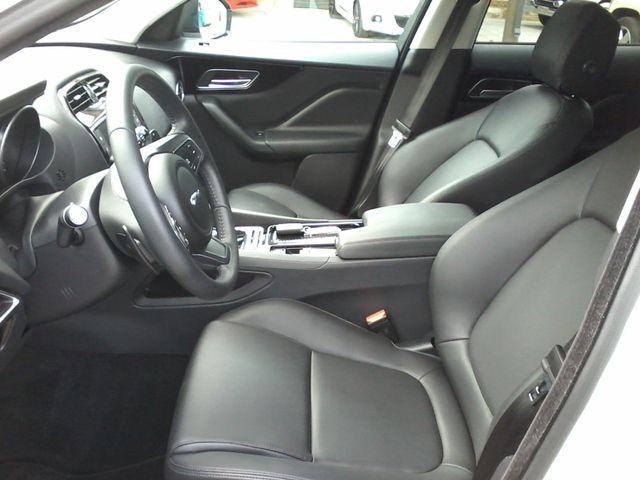 2018 Jaguar F-PACE 30t Premium Boerne, Texas 13