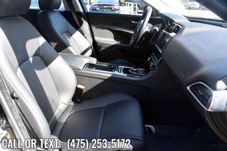 2018 Jaguar XE 25t Waterbury, Connecticut 19