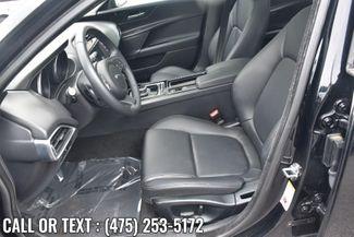 2018 Jaguar XE 25t Waterbury, Connecticut 14