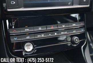 2018 Jaguar XE 25t Waterbury, Connecticut 28