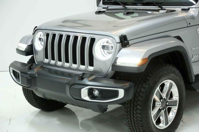 2018 Jeep All-New Wrangler Unlimited Sahara Houston, Texas 6