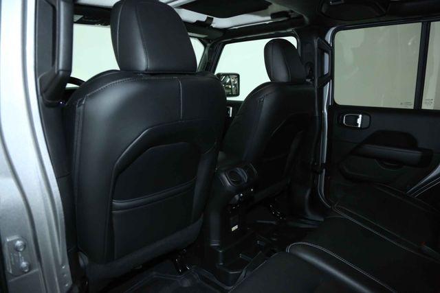 2018 Jeep All-New Wrangler Unlimited Sahara Houston, Texas 18