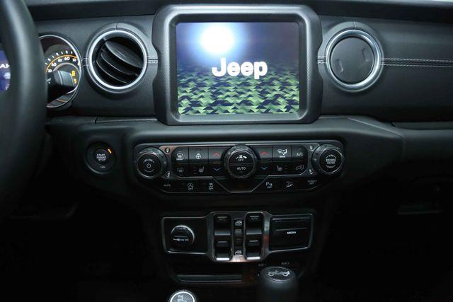 2018 Jeep All-New Wrangler Unlimited Sahara Houston, Texas 27