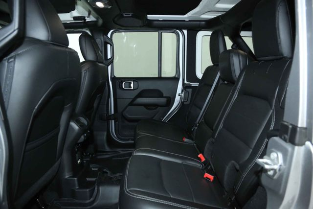 2018 Jeep All-New Wrangler Unlimited Sahara Houston, Texas 17