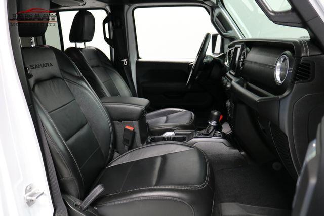 2018 Jeep All-New Wrangler Unlimited Sahara Merrillville, Indiana 15
