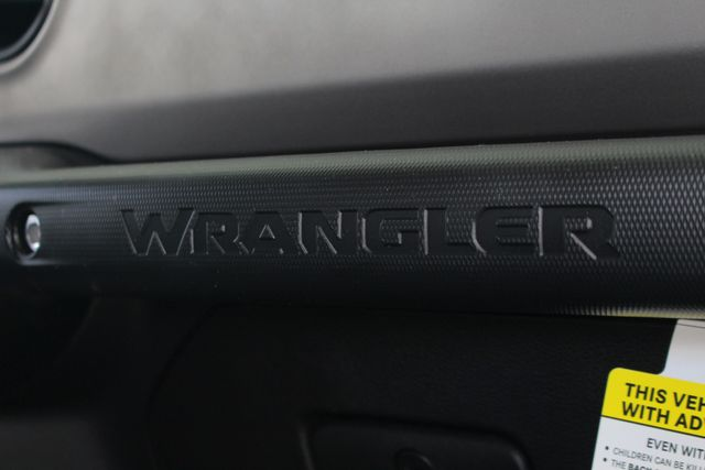 2018 Jeep All-New Wrangler Unlimited Sport S 4x4 - LIFTED CAD OFF-ROAD EDITION! Mooresville , NC 68