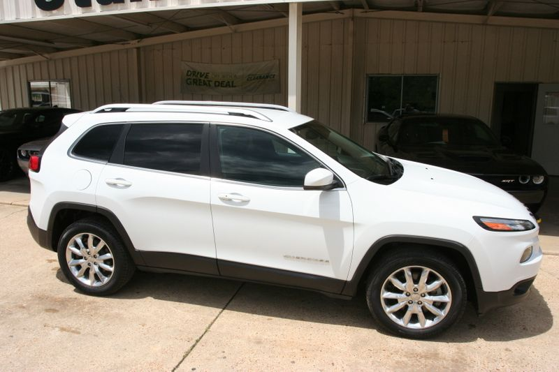 2018 Jeep Cherokee Limited in Vernon Alabama