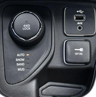 2018 Jeep Compass Latitude Waterbury, Connecticut 26