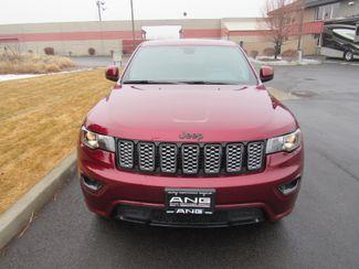 2018 Jeep Grand Cherokee Altitude 4WD Bend, Oregon 4
