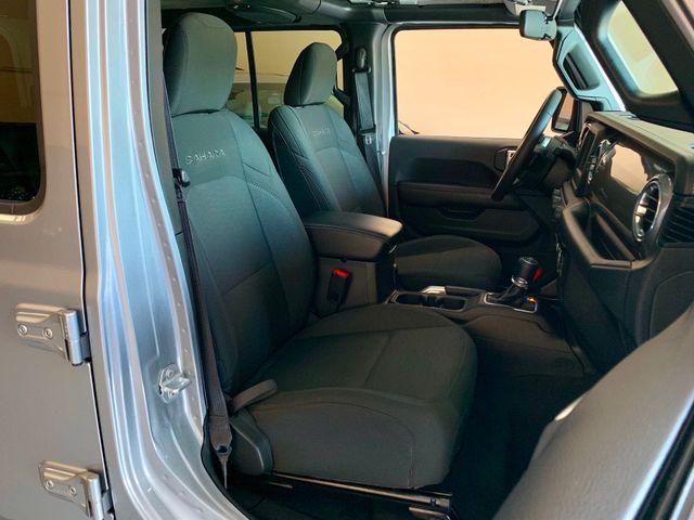 2018 Jeep JL Wrangler Unlimited Sahara 3''Lift, Method wheels, 35's, DV8 Bumper in Jacksonville , FL 32246
