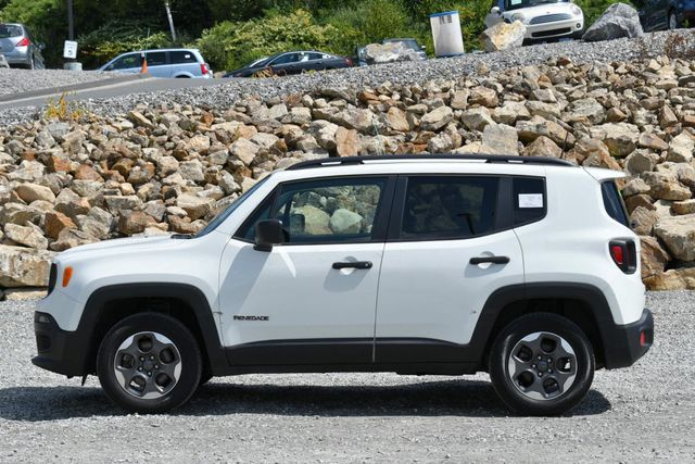 2018 Jeep Renegade Sport Naugatuck, Connecticut 1