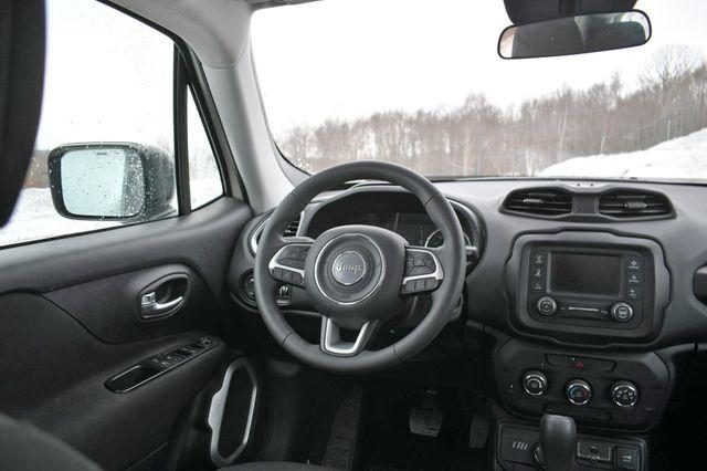 2018 Jeep Renegade Sport Naugatuck, Connecticut 18
