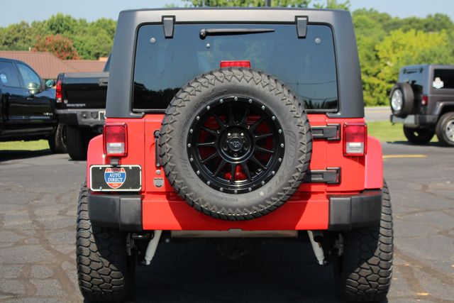 2018 Jeep Wrangler JK Unlimited Sahara 4x4 - LIFTED - BRAND NEW EXTRA$! Mooresville , NC 16