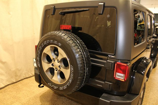 2018 Jeep Wrangler JK Unlimited 4x4 Sahara in Roscoe, IL 61073