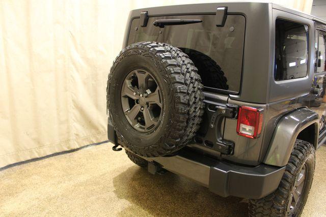 2018 Jeep Wrangler JK Unlimited 4x4 Sahara in Roscoe, IL 61073