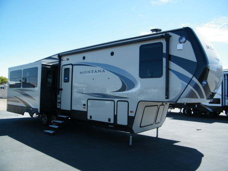 2018 Keystone Montana High Country 310RE  in Surprise AZ
