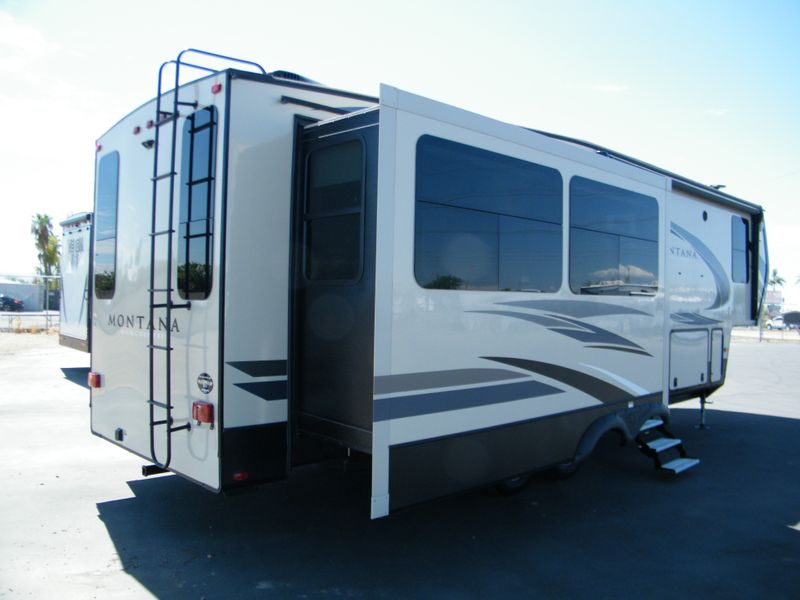 2018 Keystone Montana High Country 310RE  in Surprise, AZ