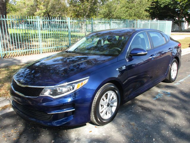 2018 Kia Optima LX in Miami, FL 33142