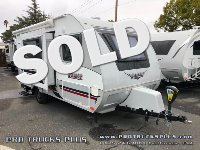 1475s Lance 2018 slideout, a/c, power awning  in Livermore California