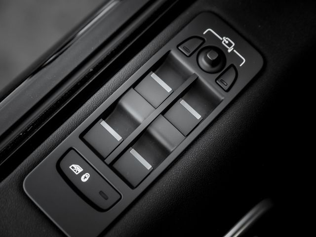 2018 Land Rover Discovery Sport SE Burbank, CA 23