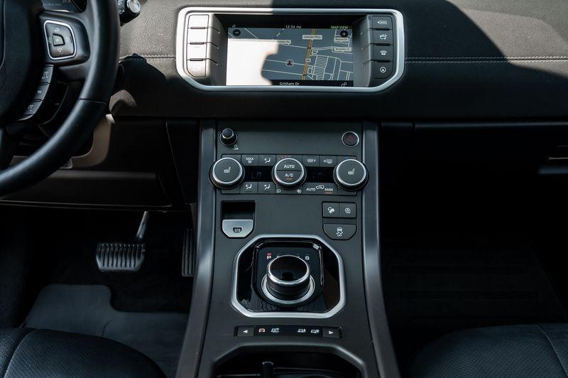 2018 Land Rover Evoque 2.0L 4-CYL LANDMARK EDITION, AWD, NAVIGATION, BSM! in Rowlett, Texas