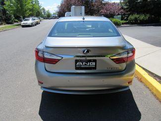 2018 Lexus ES 300h Only 2,569 Miles! Bend, Oregon 2