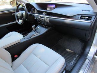 2018 Lexus ES 300h Only 2,569 Miles! Bend, Oregon 7