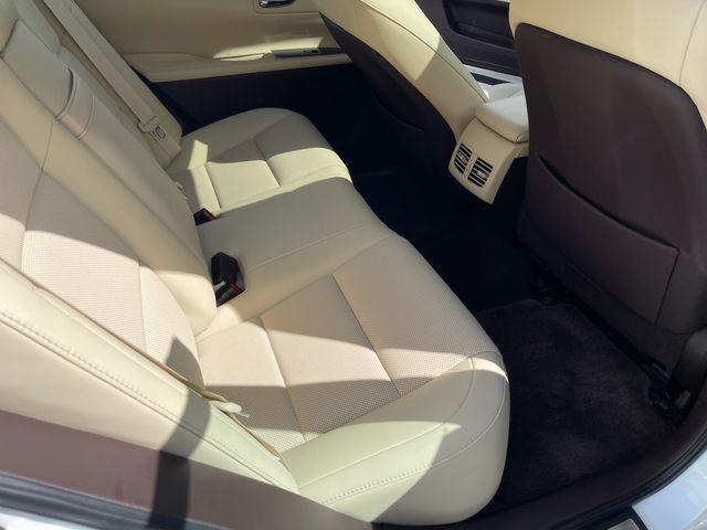 2018 Lexus ES 350 Latham, New York 18