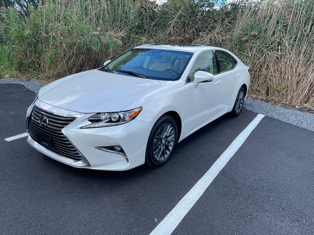 2018 Lexus ES 350 Latham, New York 1