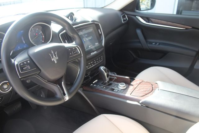 2018 Maserati Ghibli Houston, Texas 16