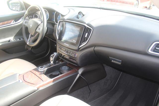 2018 Maserati Ghibli Houston, Texas 26