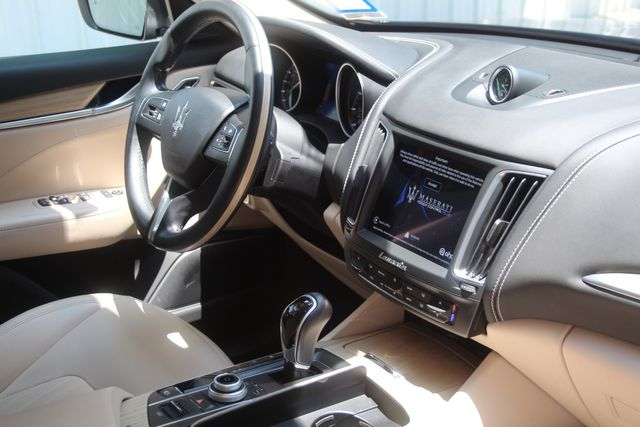 2018 Maserati Levante GranLusso Houston, Texas 29