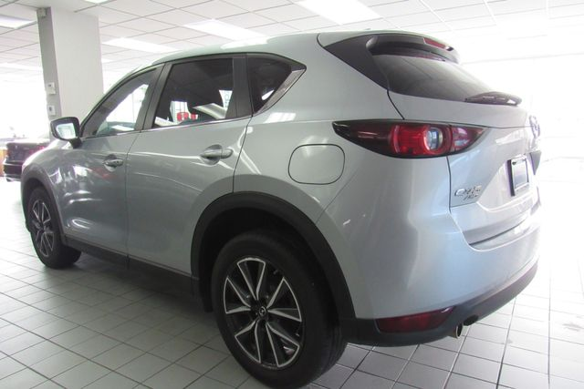 2018 Mazda CX-5 Touring W/ BACK UP CAM Chicago, Illinois 5