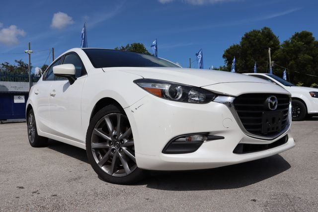 2018 Mazda Mazda3 4-Door Touring in Miami, FL 33142