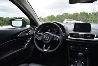 2018 Mazda Mazda3 4-Door Touring Naugatuck, Connecticut 15