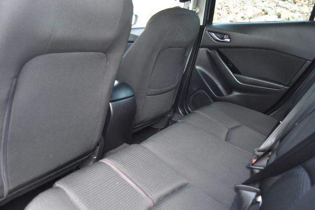 2018 Mazda Mazda3 4-Door Sport Naugatuck, Connecticut 12