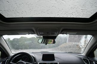 2018 Mazda Mazda3 4-Door Grand Touring Naugatuck, Connecticut 17