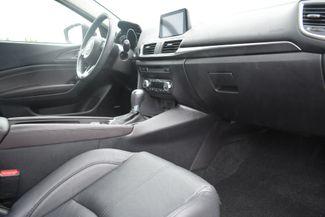 2018 Mazda Mazda3 4-Door Grand Touring Naugatuck, Connecticut 8