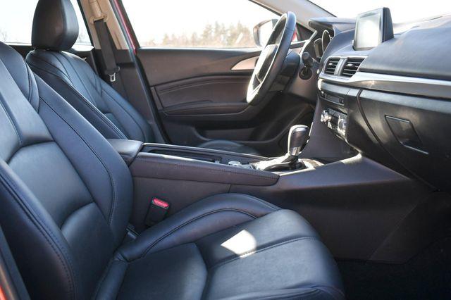 2018 Mazda Mazda3 4-Door Touring Naugatuck, Connecticut 11