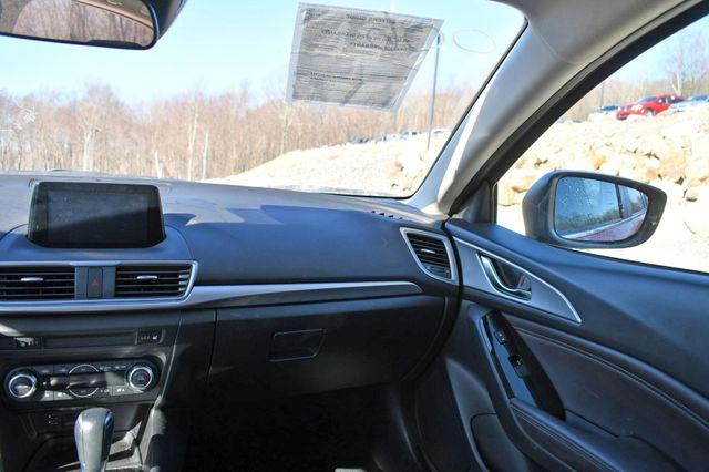 2018 Mazda Mazda3 4-Door Touring Naugatuck, Connecticut 19